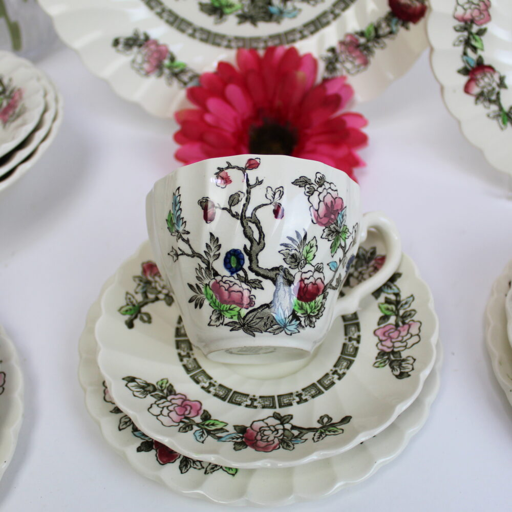 Indian Tree Scallped Cups & Saucers