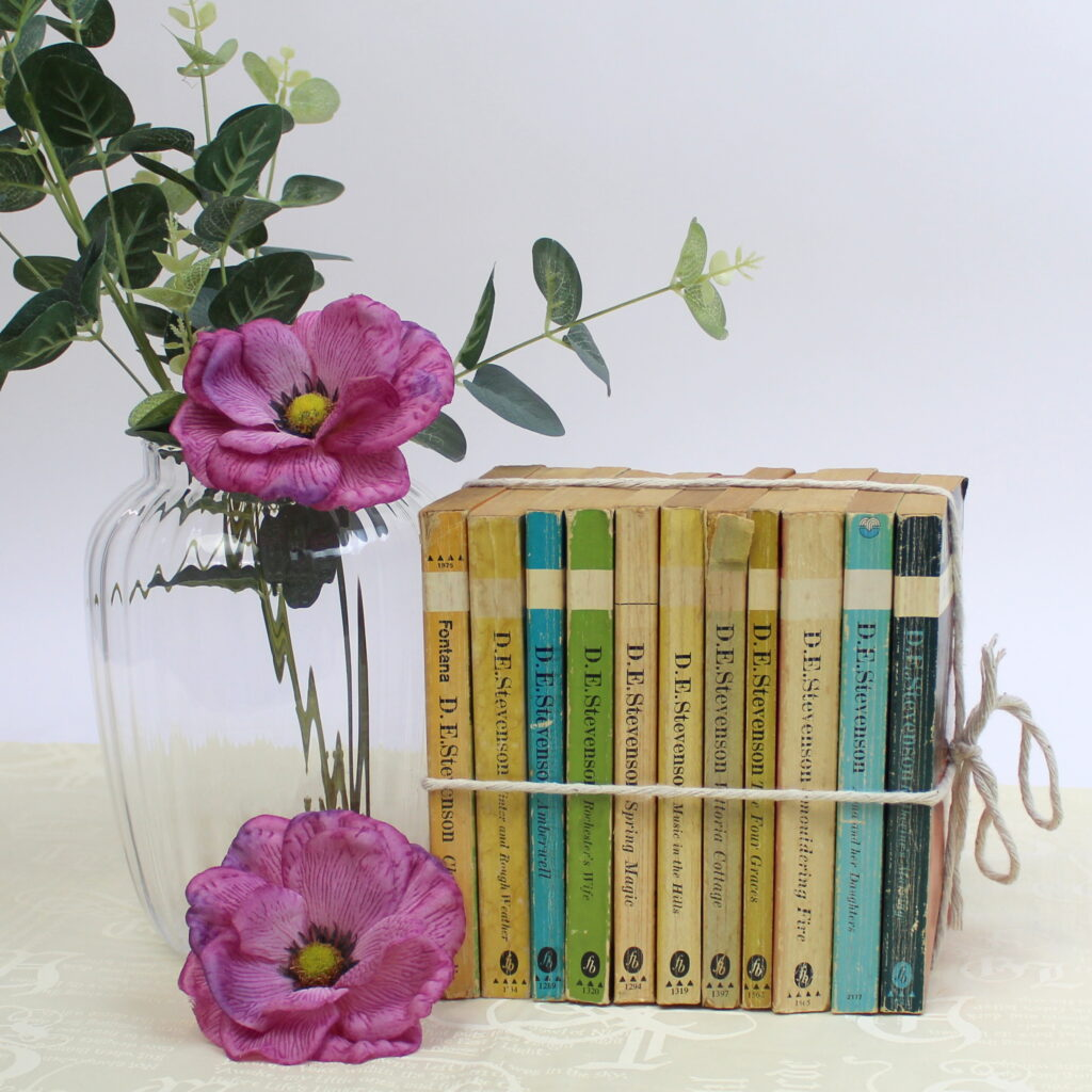Books by the Collection - Vintage
